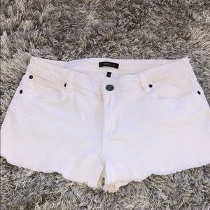 STS Blue white shorts